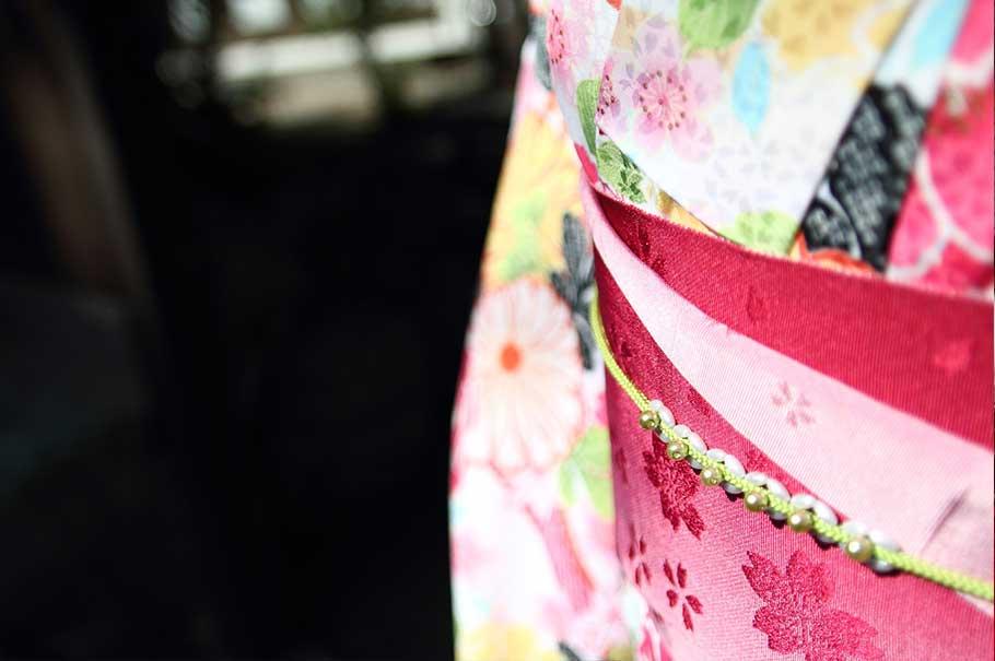 お得なキャンペーン実施中!  着付け料込み、レンタル着物¥5,000円!!手ぶらでOKです。